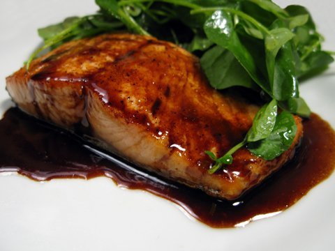 Seared salmon with balsamic orange sauce